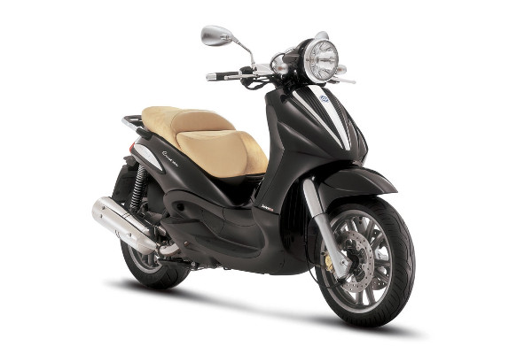 Formentera Moto Rent - Piaggio Beverly 500 Cruiser