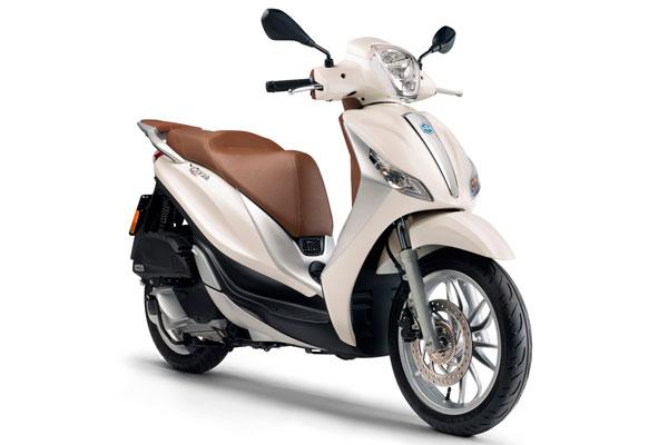 Formentera Moto Rent - Piaggio Medley 125c.c