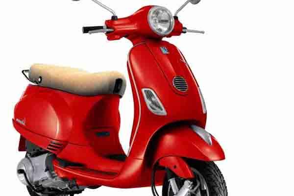 Formentera Moto Rent - Piaggio Vespa 125 LX
